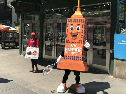 5 Good Reasons to Use a Mascot for Marketing Purposes